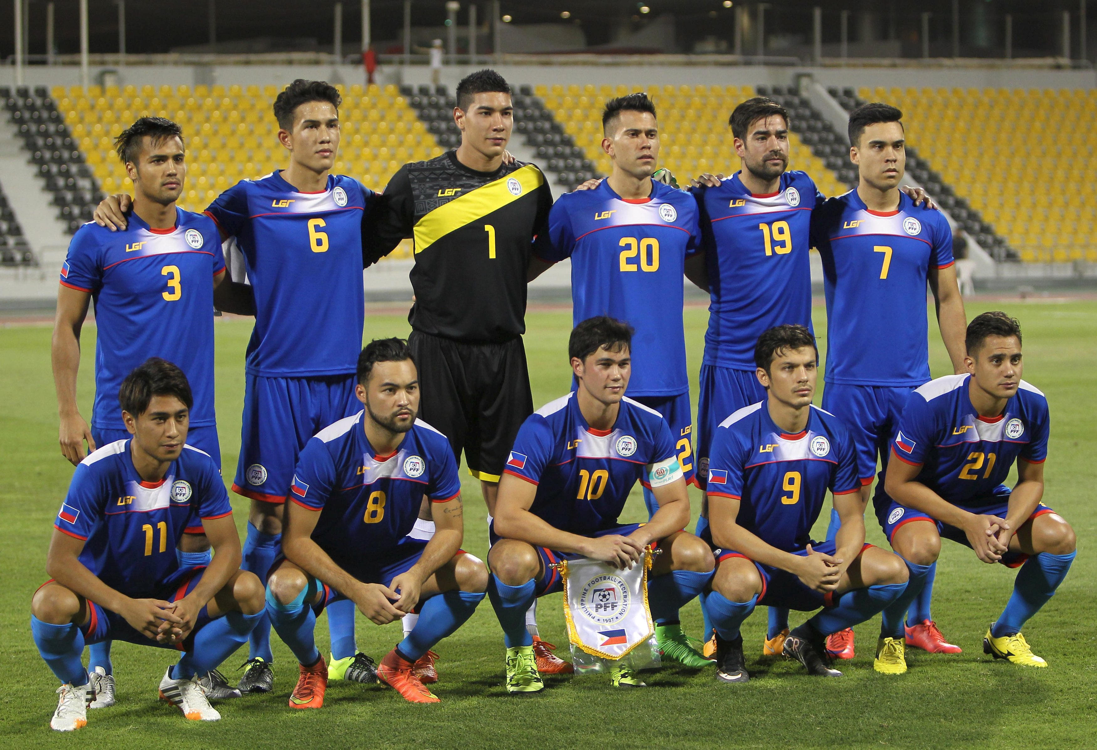 The Philippines' players pose for a photo before their 2018 World Cup qualifying soccer match against Yemen in Doha June 16, 2015. REUTERS/Ibrahem Alomari