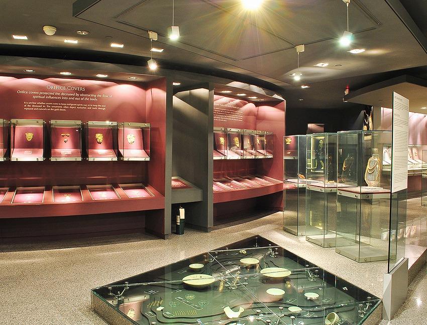 Ayala_Museum