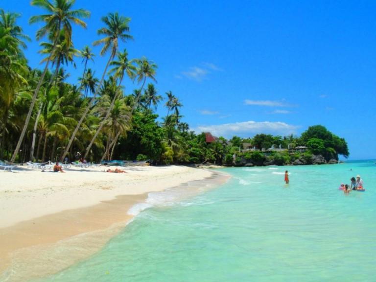 vacation in manila essay