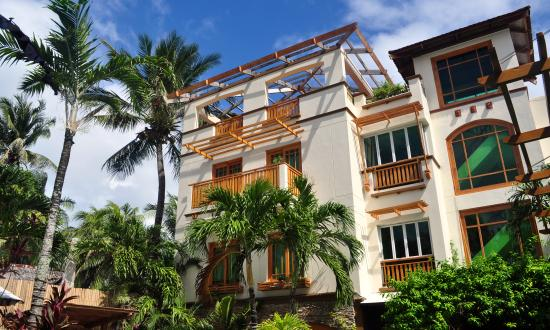Boracay Beach Club Hotel