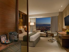 11 Excellent Hotels in Manila For Your Next Staycation