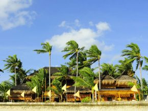 White sand beach, beachfront villa and spectacular views: The Coral Blue Oriental Villas in Cebu