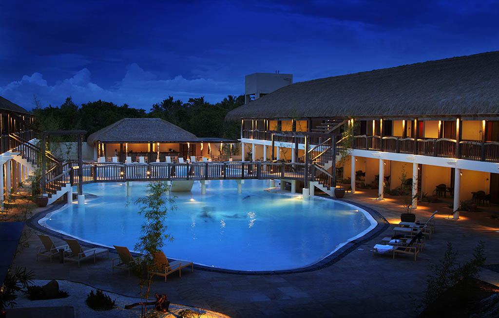 That And Bluewater Panglao S Spectacular Pool Image