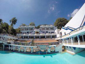 Villa De Colmenar: Cavite's Own Santorini