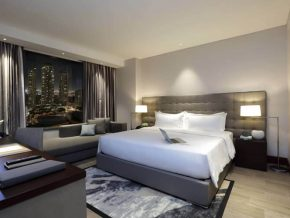 Makati Diamond Residences in Makati: A Mesmerizing Beauty in the Heart of the City
