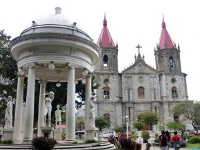Molo Church in Iloilo: 'Female church' of the city