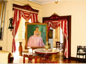 VIGAN TRAVEL: Syquia Mansion Museum Showcases Elegant Spanish Lifestyle of the 1800s