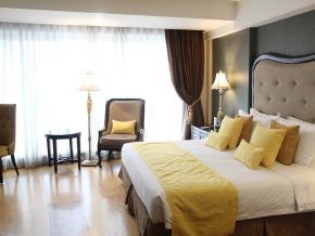 Hotel Céleste in Makati Offers a Royal-Like Stay in the Metro